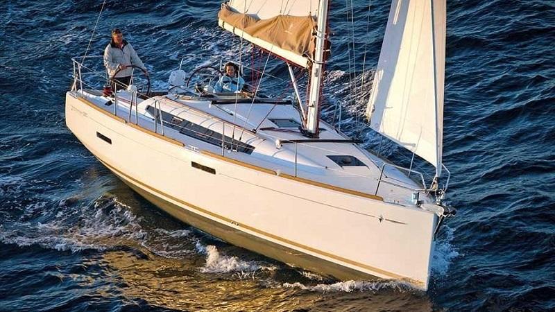 boat-timeshare-sail-jeanneau-389-1