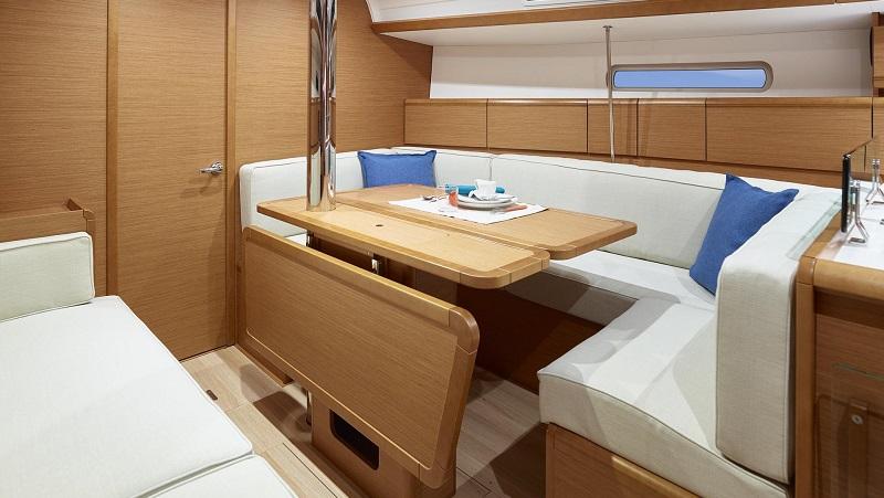 boat-timeshare-sail-jeanneau-389-2
